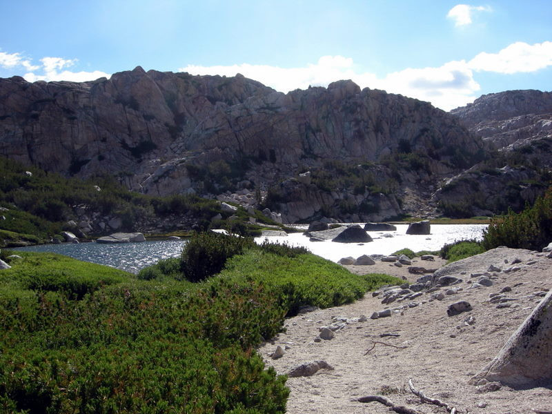 Unnamed lake below Mule Pass