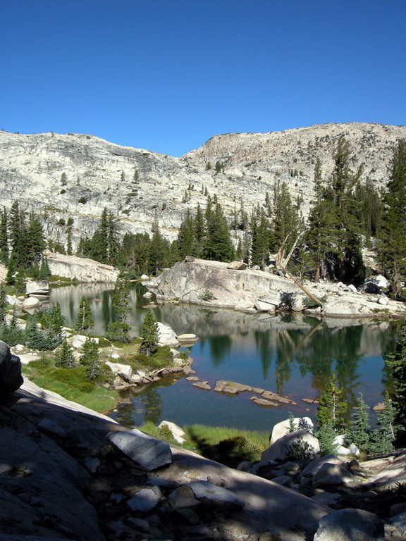 Unnamed lake below seavey pass
