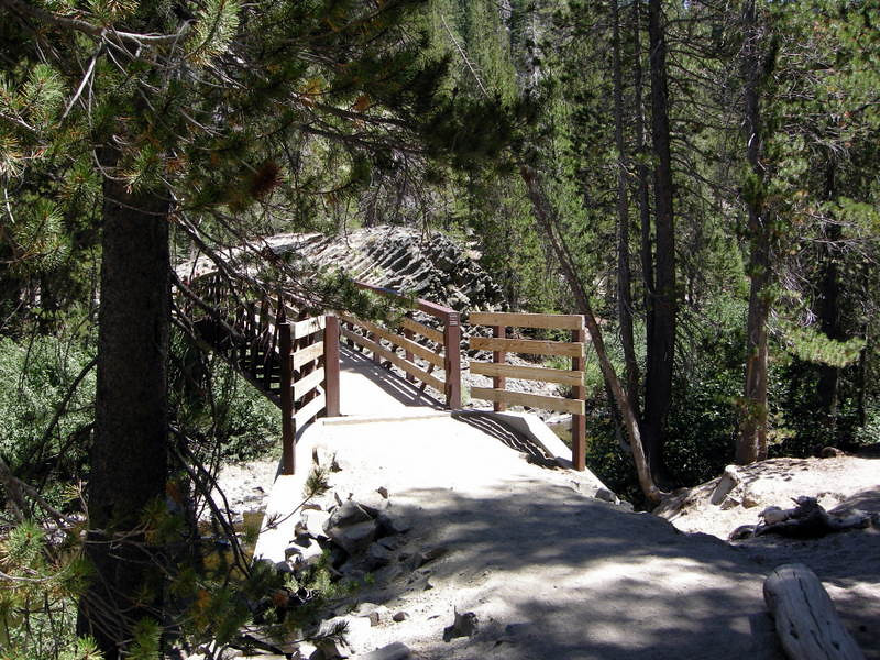 Bridge to Devil's Postpile