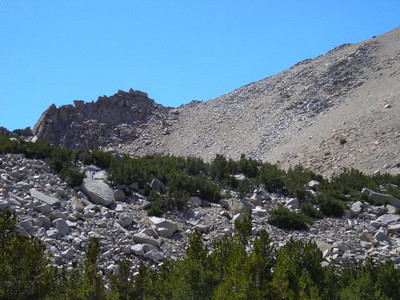 Can you pick out the itty bitty people on Kearsarge Pass?