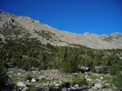Looking east (back the way we came) toward Kearsage Pass from our campsite