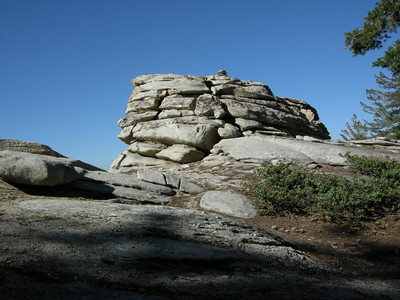 Rock formation along the ridge