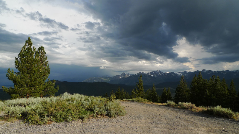 We ended up driving up Lookout Mountain, wondering if there were any campsites with a view. From the top we were treated to an incredible view of the storms in the area.