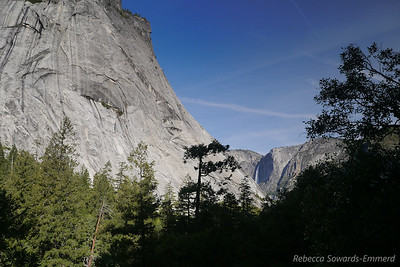 As we climb we start to see some views, in this case towards Upper Yosemite Falls.
