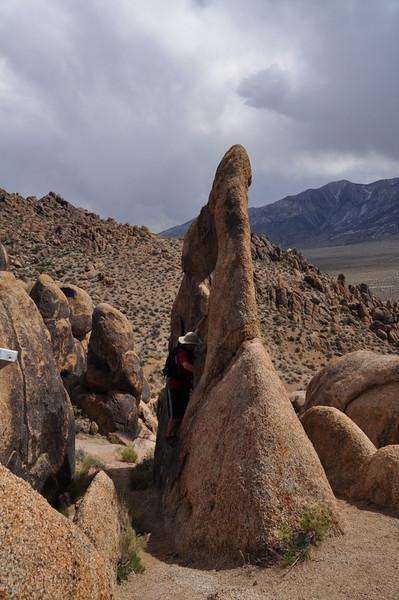 Greg climbs the arch