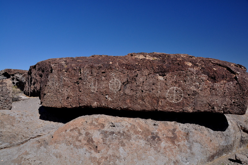 Monday morning - we headed out Fish Slough to check out petroglyph sites