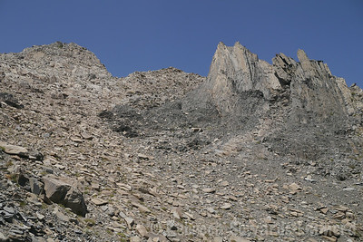 Crazy rock patterns up here.