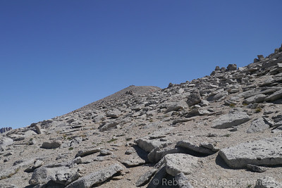 A peek at the typical terrain. This is not a difficult climb, just a bit long.