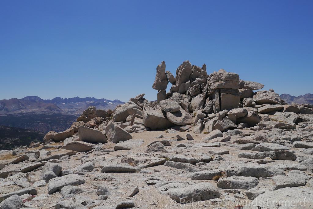 More balancing rocks on the ridge.