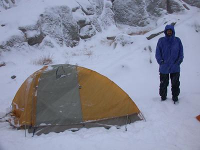 Jesper's tent in the snow