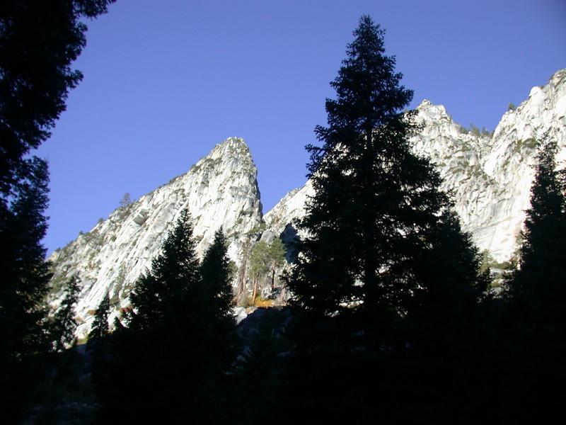 Kings Canyon Rock walls