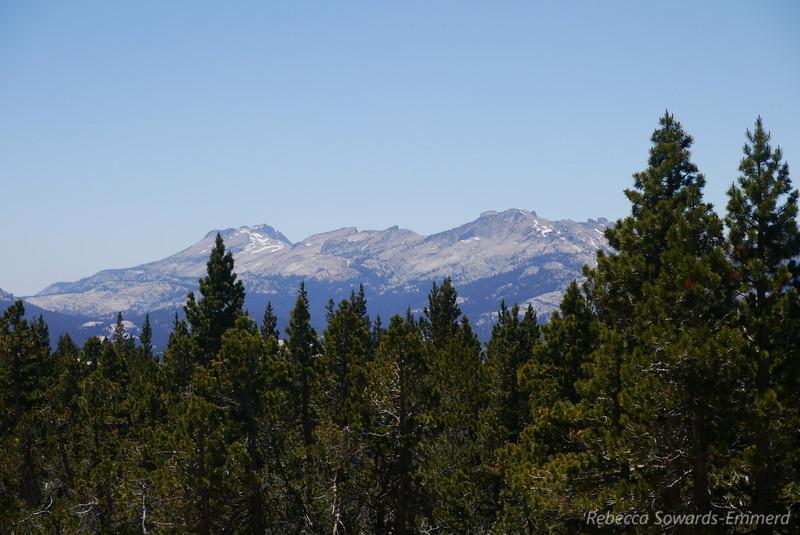Zoomer on the peaks