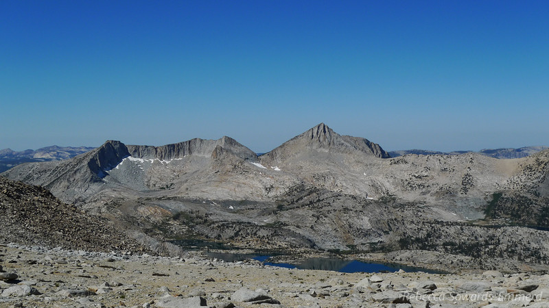 Incredible views from the plateau when we top out. I peek into some familiar JMT terrain below us to the west.