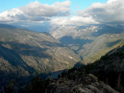 View down to Hetch Hetchy and up the grand canyon of the Tuolumne