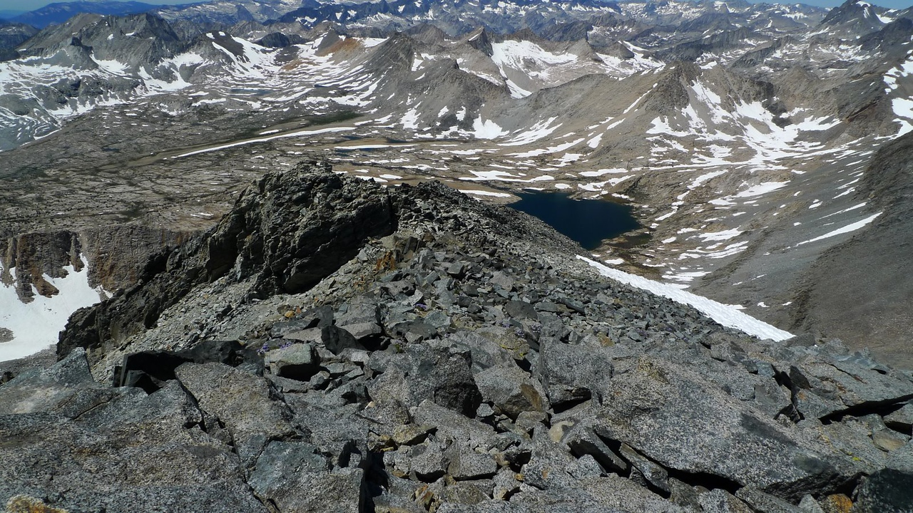 This is the final approach to the summit.