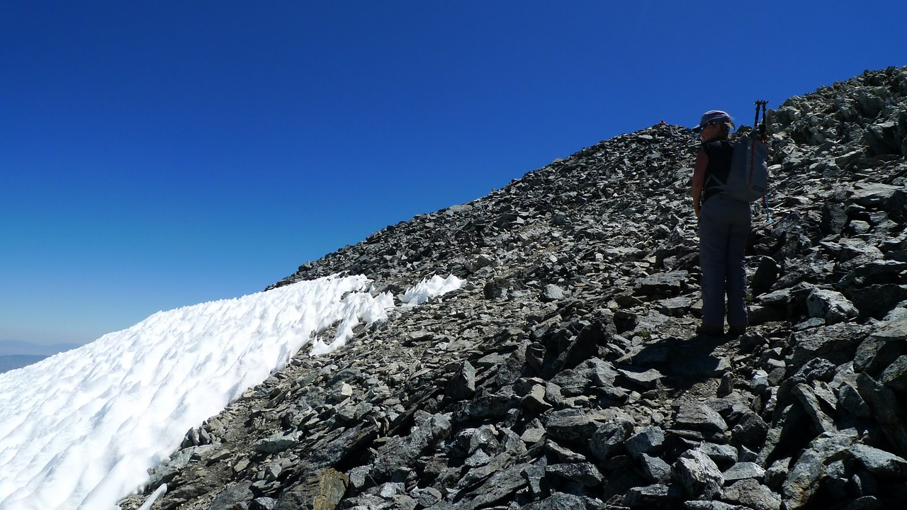There's the summit, just next to Sooz's head.