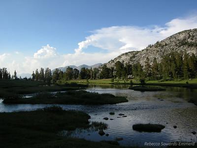Lakeshore, above Lyell Canyon