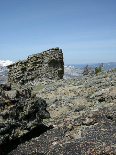 False summit block of Phipps