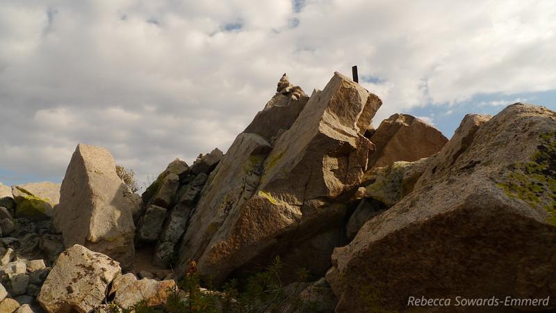 Summit pile