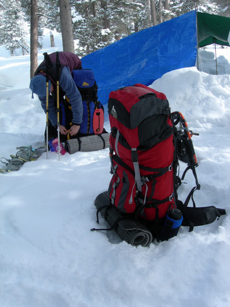 Packing up on Sunday Morning<br /> <br /> Even though the overnight temps dropped below 0, I had a comfortable night in my -20 degree sleeping bag.