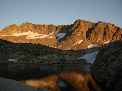Alpenglow on Merced Peak
