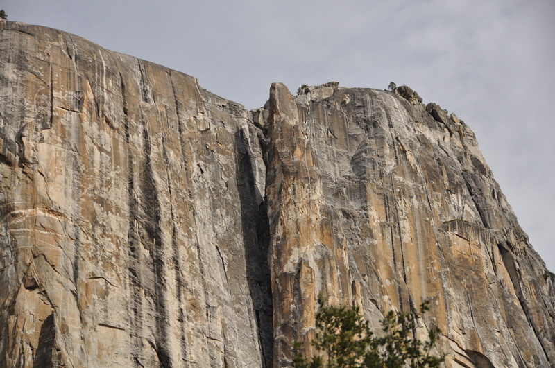 Better angle of Lost Arrow. Yosemite Point on the right.