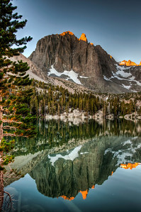 mountain-lake-reflection