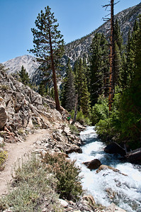 mountain-creek-hikers