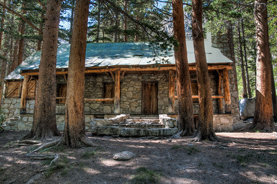lon-chaney-cabin