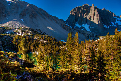 sierra-mountains-glow