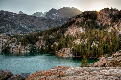 sierra-mountain-lake