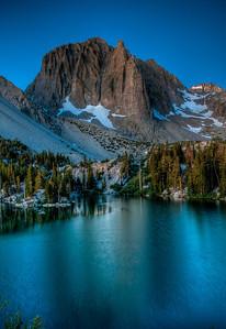 temple-crag-lake-night