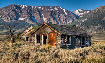 abandoned-sierra-house-3