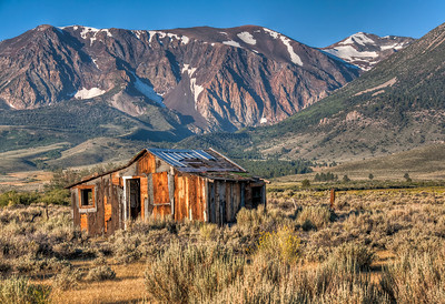 abandoned-sierra-house-2
