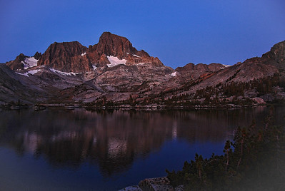 sierra-mt-banner-garnet-lake-sunrise