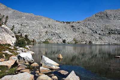 sierra-mountains-graveyard-lakes-2