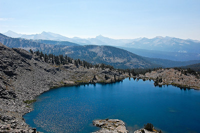 sierra-mountains-lake-panorama-2