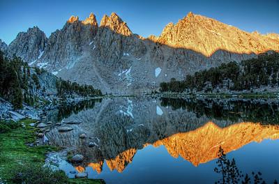 mountain-lake-reflection-2