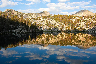 sierras-lake-of-the-lone-indian-reflection