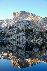 sierras-lake-of-the-lone-indian-reflection-4