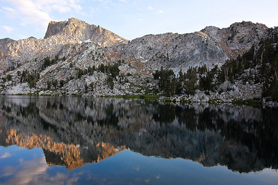 sierras-lake-of-the-lone-indian-4