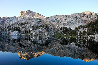 sierras-lake-of-the-lone-indian-reflection-3