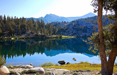 sierras-lake-of-the-lone-indian-5