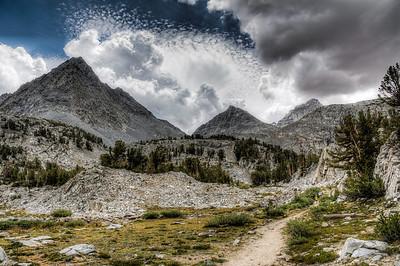 sierra-mountains-little-lakes-valley-3