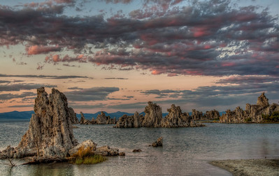 mono-lake-tufas-sunset-hdr-2