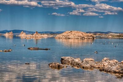 mono-lake-rocks