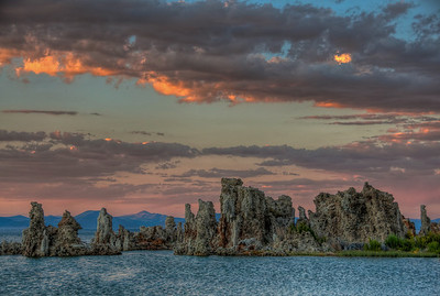 mono-lake-tufas-sunset-4