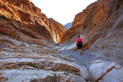 death-valley-hiking-2-2