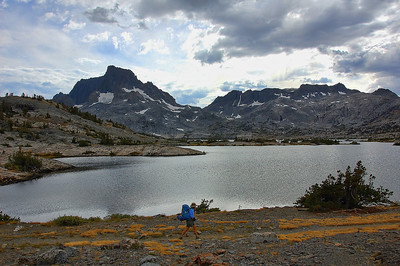 mount-banner-lake-hiker