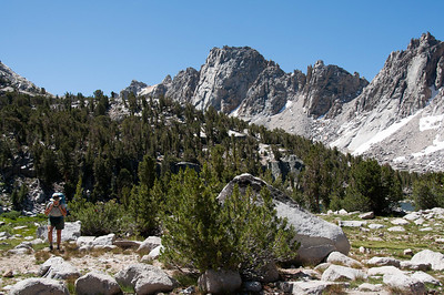 sierra-mountains-backpacker-3-2